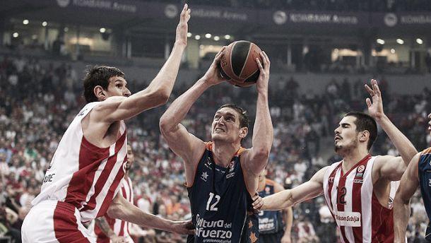 Valencia Basket se hunde un poco más en el infierno de Belgrado