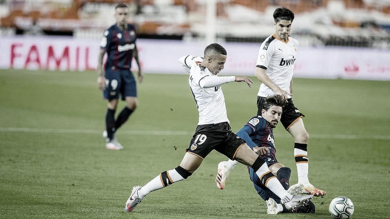 El Valencia mantiene sus opciones en la lucha por Europa