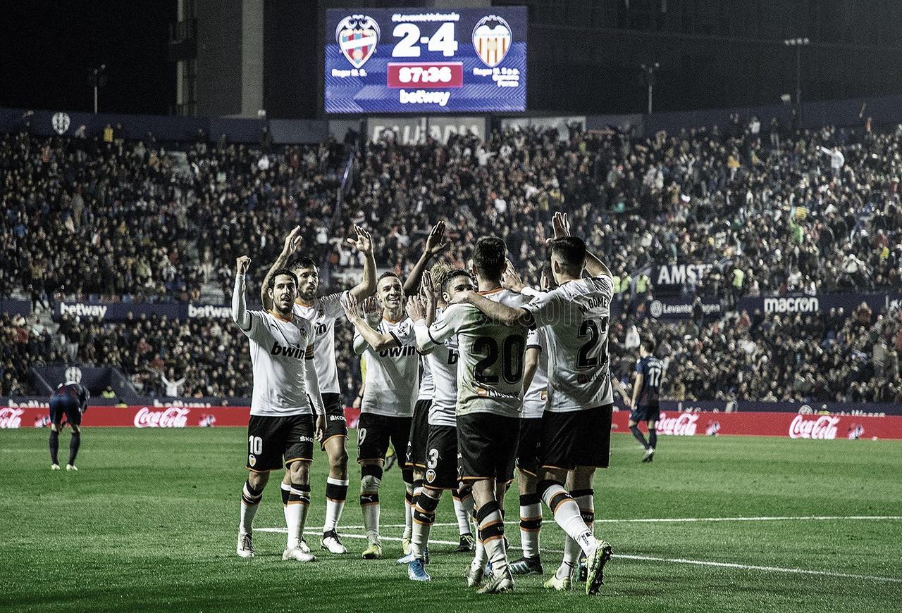 Gran remontada del Valencia para llevarse el derbi