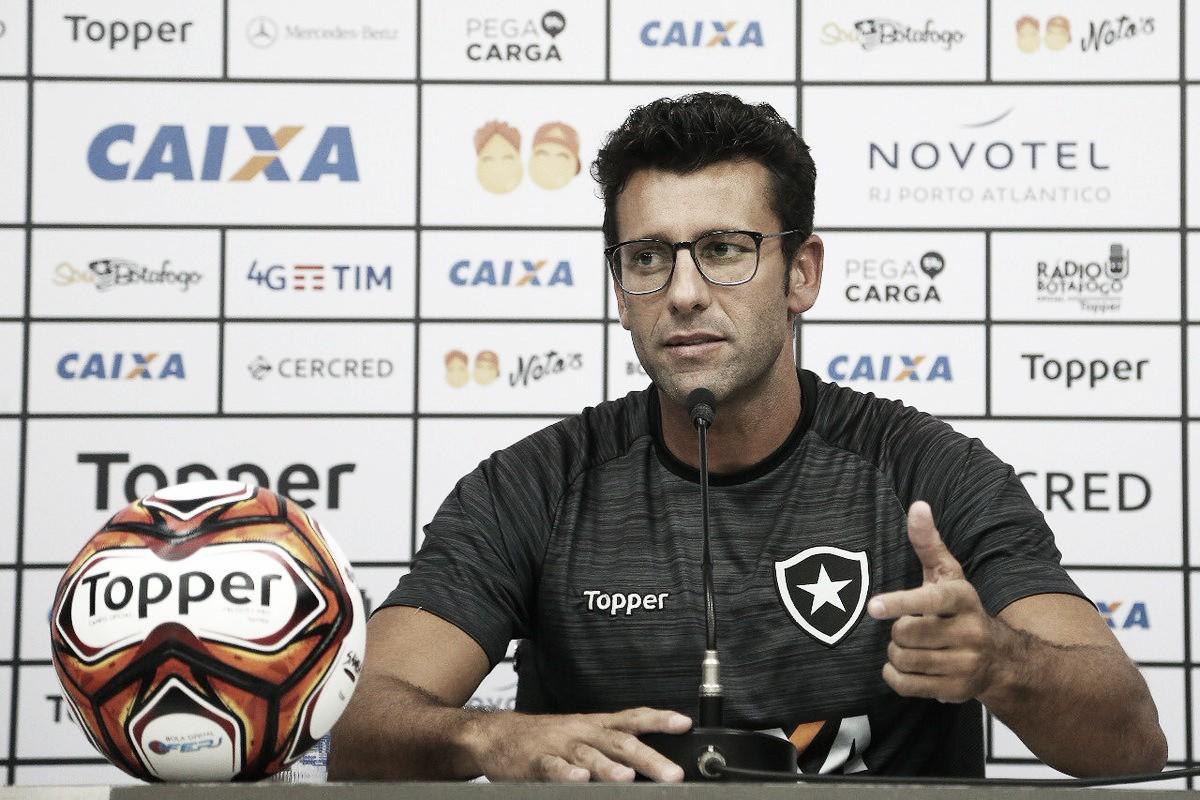 Após indicar possíveis mudanças, Valentim faz mistério com titulares do Botafogo para semifinal