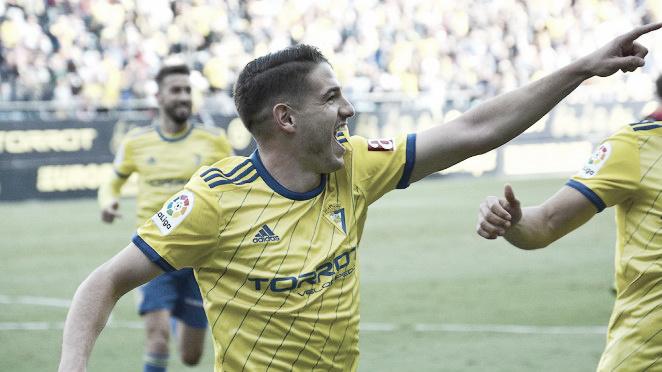 Cádiz 2-0 Reus: Sigue la escalada a la cumbre