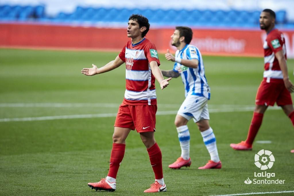 J.A Martínez y Vallejo se caen de la convocatoria para medirse al Real Madrid