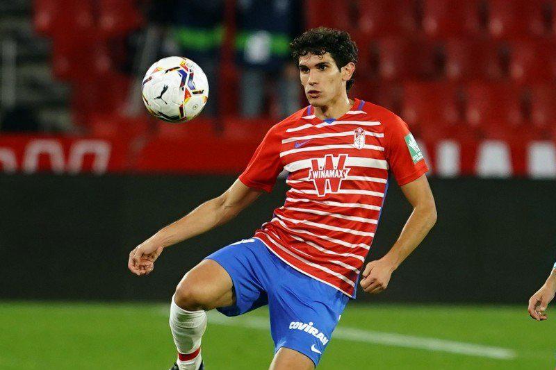 La baja de Vallejo supone un nuevo reto para el Granada CF
