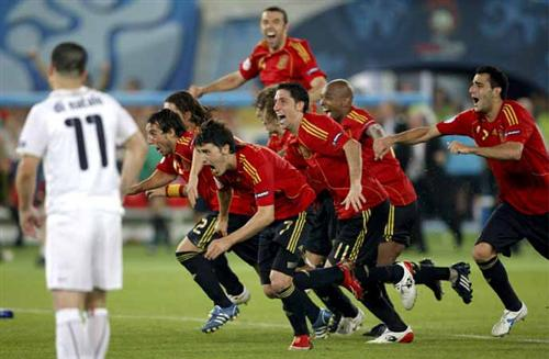 España - Italia: Final del partido. Empate entre España e Italia