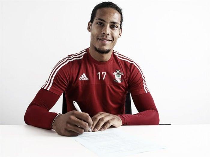 Southampton defender Van Dijk signs new deal