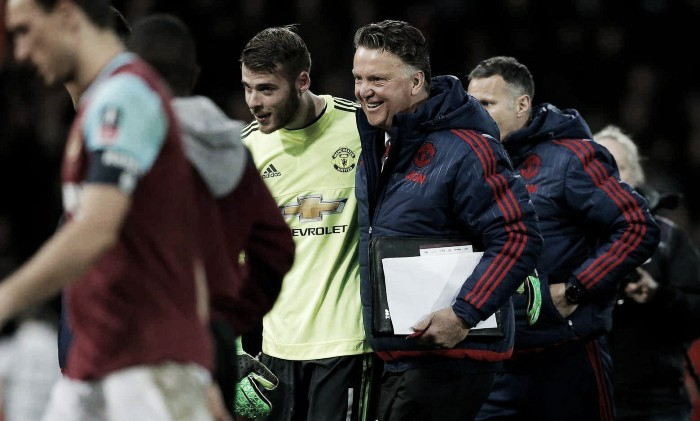 "Carrick believes De Gea was ""unbelievable"" against West Ham"