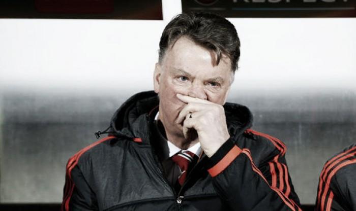 David Moyes believes Louis van Gaal should keep his job at United