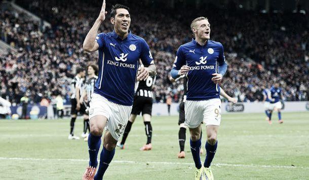 Il Leicester sogna: quinta vittoria nelle ultime sei. 3-0 secco ad un Newcastle bruttissimo