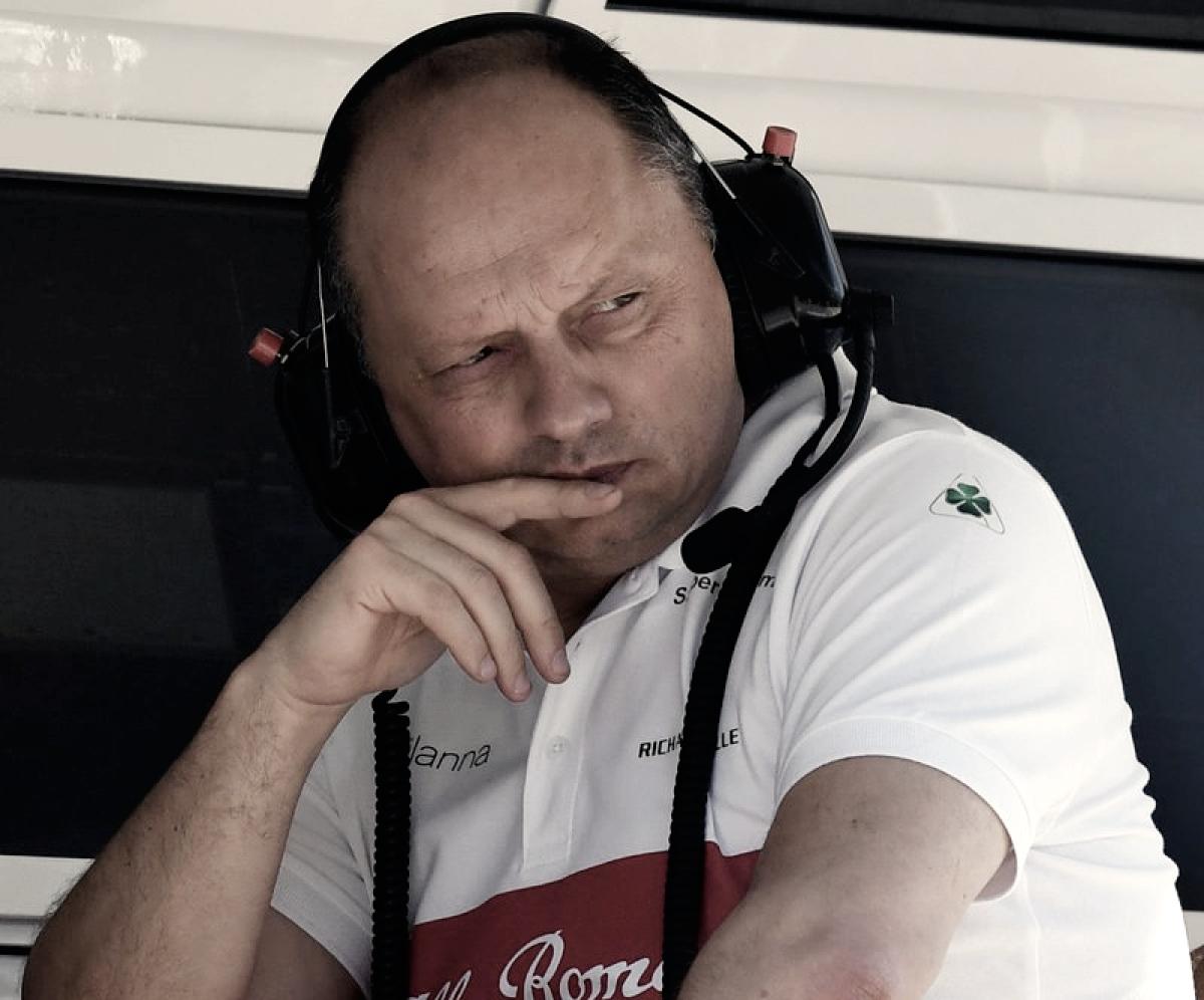 Desconfianza entre los equipos por los fichajes de personal de la FIA