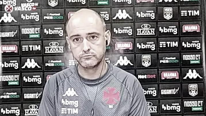Rui Mota define gol no início como crucial para derrota do Vasco diante do Athletico