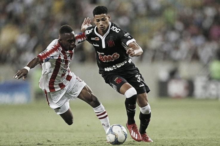 Diante do Bangu, Vasco inicia disputa do Campeonato Carioca