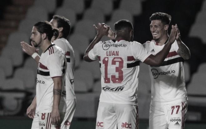São Paulo vence Vasco mais uma vez e segue na Copa do Brasil