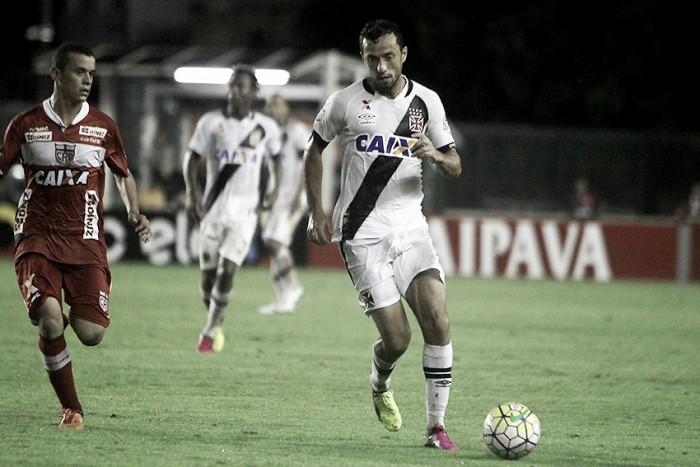 Visando G-4 da Série B, CRB recebe Vasco no Rei Pelé