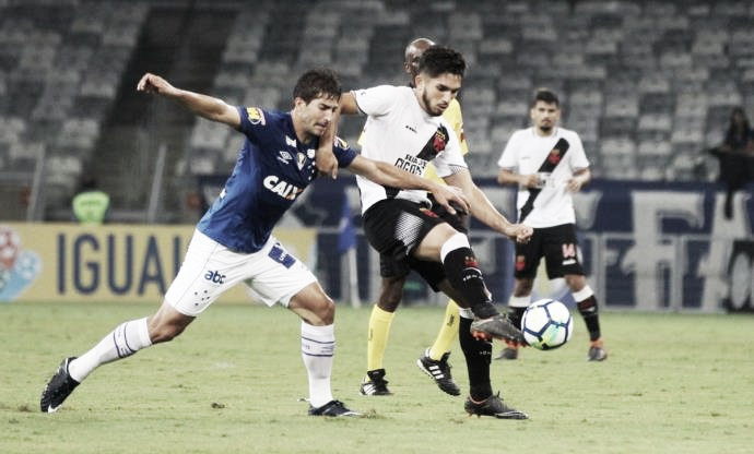 Na luta para se afastar do Z-4, Vasco desafia reservas do Cruzeiro