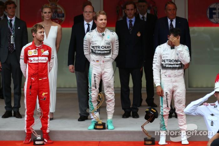 """Vuelta al 2015. GP de Mónaco. Mercedes """"roba"""" la victoria a Hamilton"""