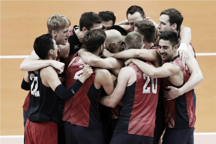 Estados Unidos conquistam grande virada sobre a Rússia e conquistam o bronze no vôlei masculino