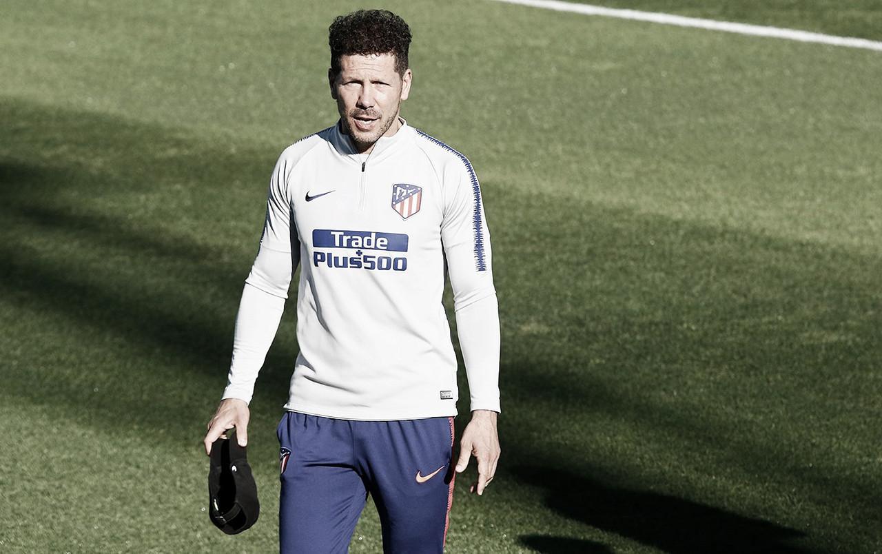 Simeone elogia o Barcelona, mas acredita em vitória do Atlético de Madrid