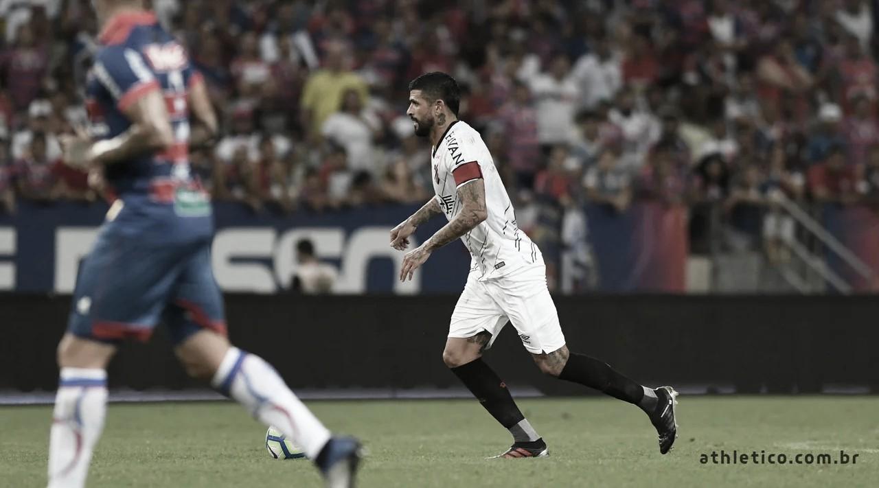 Após empate na ida, Athletico-PR e Fortaleza decidem vaga na Arena da Baixada