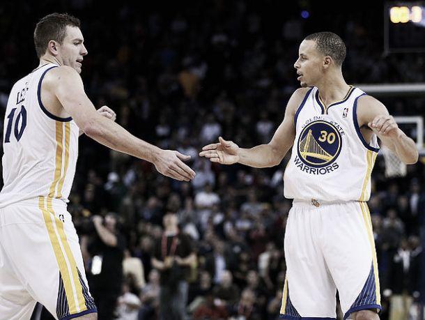 Em clássico do Oeste, Golden State Warriors atropela os Clippers