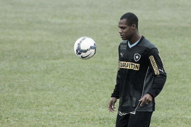 André Bahia crê em vitória neste domingo e em reabilitação pelo Brasileirão