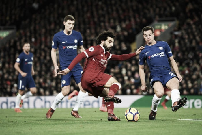 Salah aplica 'lei do ex', mas Willian sai do banco e garante empate para Chelsea contra Liverpool