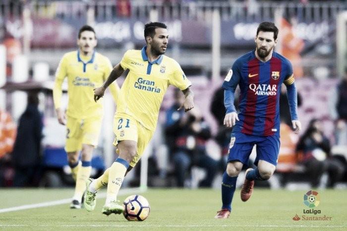 Barcelona tenta manter liderança da Liga em duelo contra Las Palmas