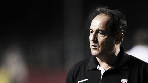 Com futebol razoável, Muricy não se importa com liderança