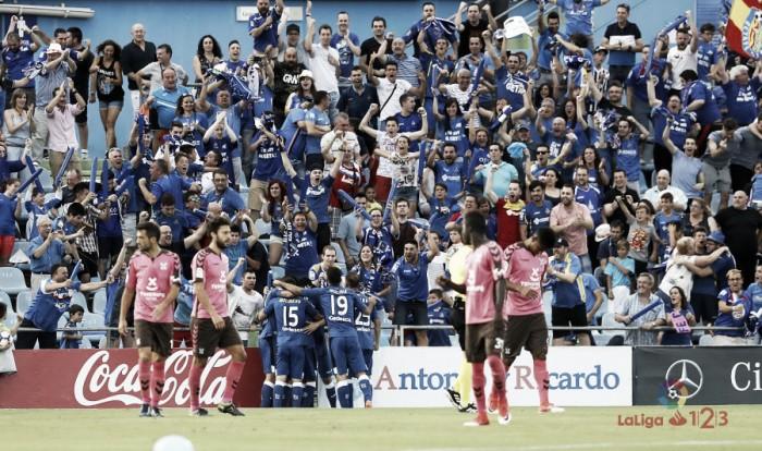 Com direito à invasão da torcida, Getafe vence Tenerife e retorna à La Liga após uma temporada
