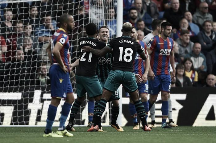Davis marca no início e Southampton afunda Crystal Palace na lanterna