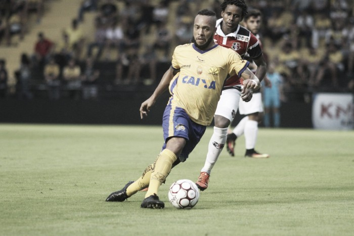 Meia Paulinho pode desfalcar Criciúma diante do América-MG