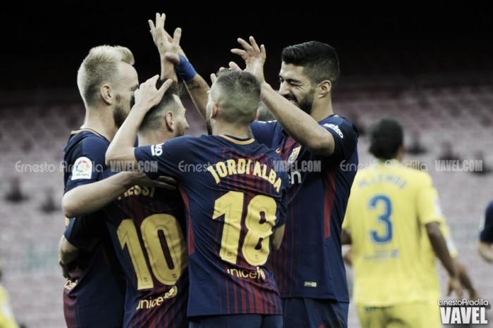 Com portões fechados, Messi marca duas vezes e Barcelona vence Las Palmas no Camp Nou
