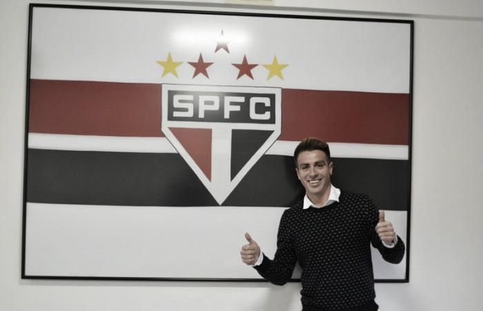 Depois de novela, Buffarini enfim chega ao São Paulo e se coloca à disposição de Bauza