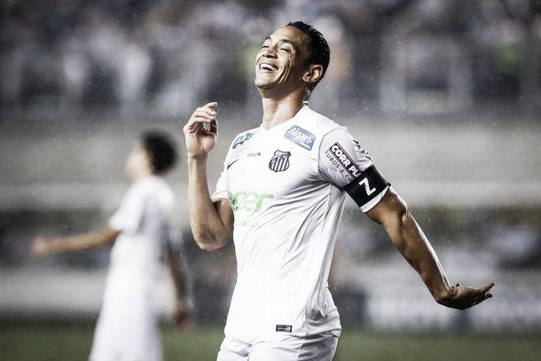Em ótima fase, Ricardo Oliveira tem marca impressionante em clássicos na temporada