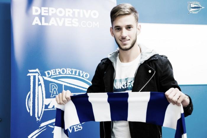 Sem espaço no Valencia, volante Alvaro Medrán é emprestado ao Alavés