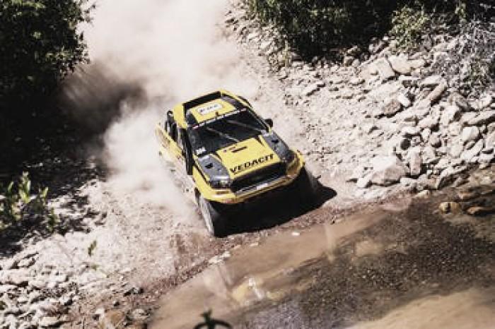 X Rally Team mantem bom desempenho e vence terceira especial no Rally dos Sertões