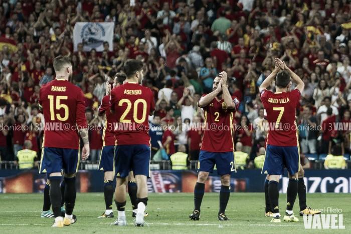 Avassaladora, Espanha completará 25 anos sem perder pelas Eliminatórias para Copa em 2018
