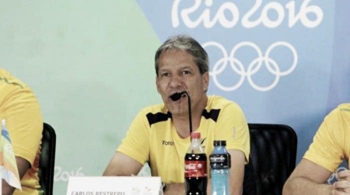 Técnico da Colômbia vê melhorias a serem feitas, mas elogia desempenho na estreia