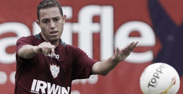 Fortaleza anuncia acerto com meia Jean Mota, ex-Portuguesa