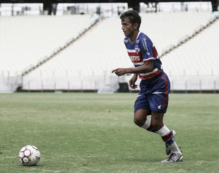 Artilheiro do Fortaleza no Nordestão sub-20, meia Gustavo analisa estreia na Copa São Paulo