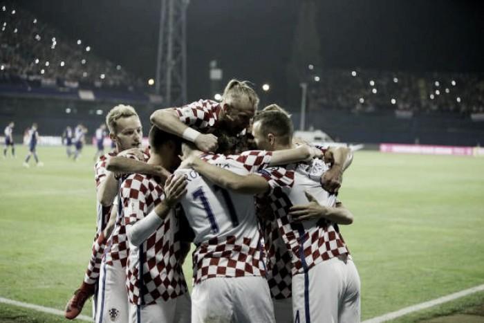 Croácia domina, supera Grécia e abre boa vantagem na repescagem