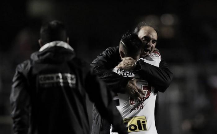 """Ricardo Gomes enaltece goleada, mas evita empolgação: """"Temos que pensar no próximo jogo"""""""