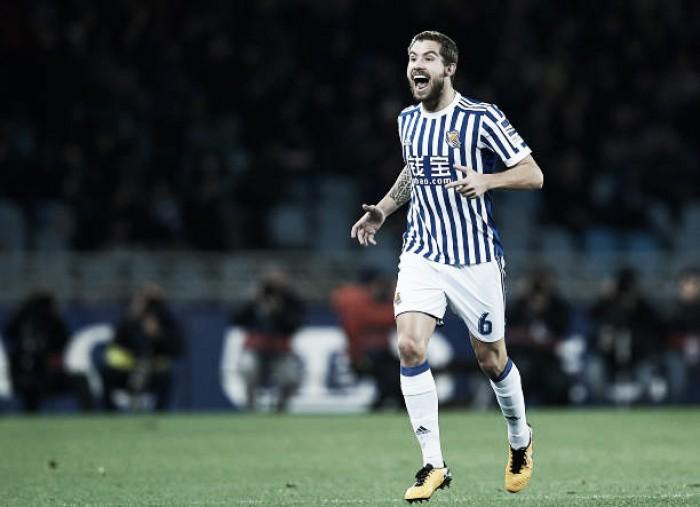 Athletic Bilbao age rápido e oficializa acerto com zagueiro Iñigo Martínez, ex-Real Sociedad