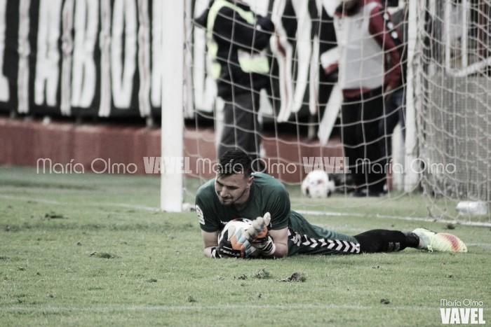 La afición ha hablado: Dimitrevski, el mejor ante el Rayo