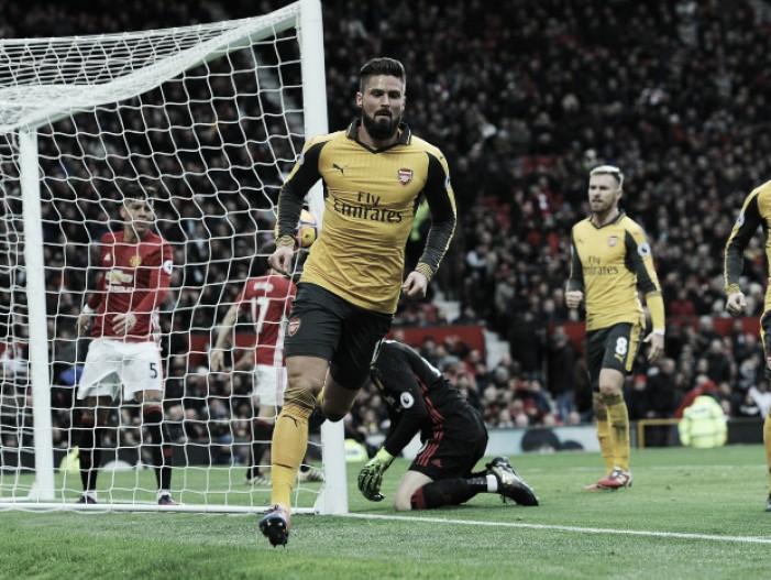 """Wenger exalta boa fase de Giroud: """"Está presente nas minhas duas opções de ataque"""""""
