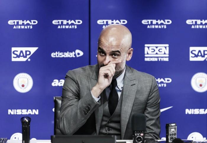 Pep Guardiola assegura permanência de Yaya Touré no City e elogia Conte