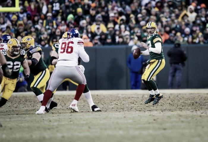 Aaron Rodgers da por terminada la temporada de los Giants