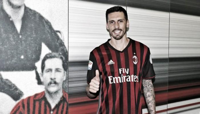 José Sosa es refuerzo del Milán