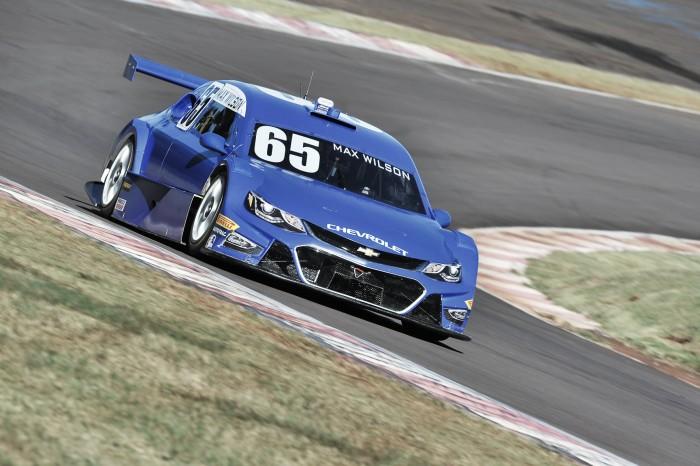 Max Wilson marca pole pela Stock Car em Cascavel