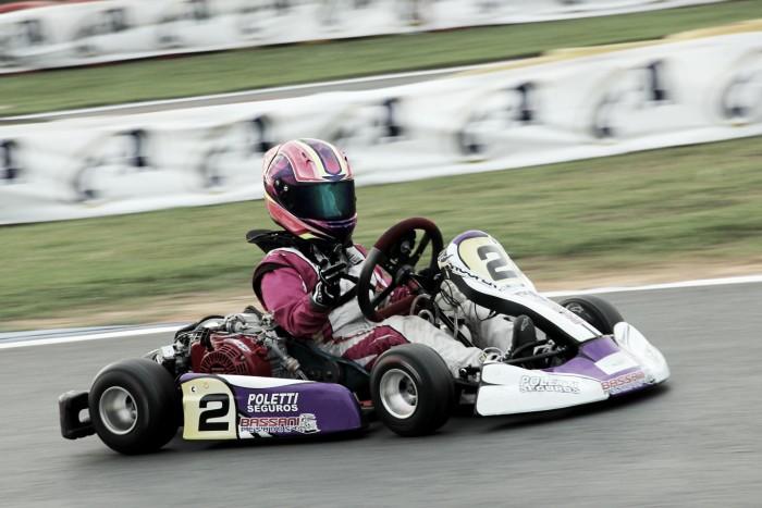 Antonella Bassani sobe ao pódio pelo Brasileiro de Kart em Penha