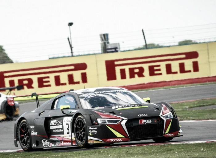 Audi da equipe WRT sofre punição em Silverstone pela Blancpain GT Series